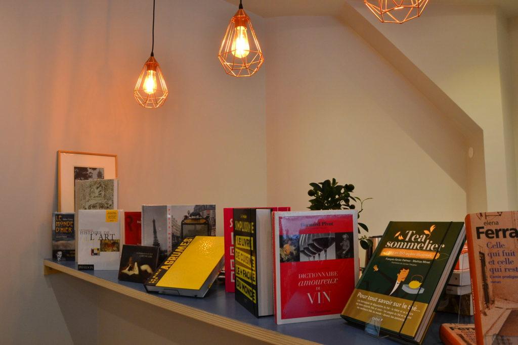 Librairie Comme une Orange 46 Rue Bayen 75017 Paris livres polars ©Petitscommerces.fr petit commerce petits commerces 1