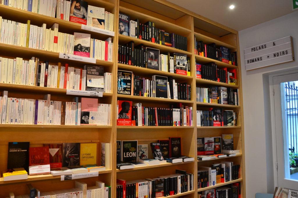 Librairie Comme une Orange 46 Rue Bayen 75017 Paris livres polars ©Petitscommerces.fr petit commerce petits commerces 10