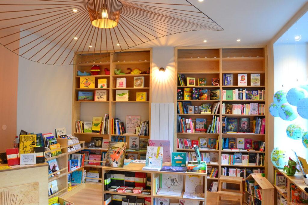 Librairie Comme une Orange 46 Rue Bayen 75017 Paris livres polars ©Petitscommerces.fr petit commerce petits commerces 3