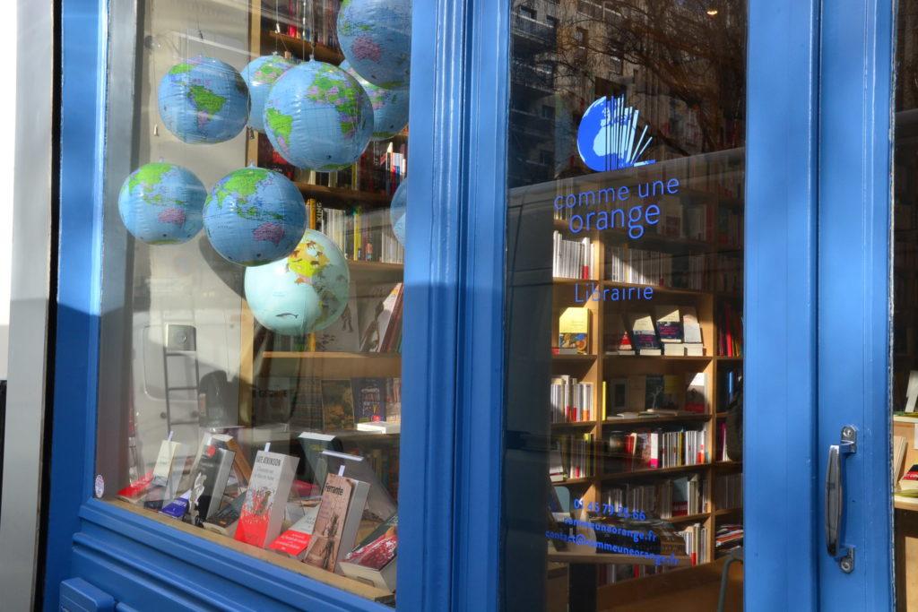 Librairie-Comme-une-Orange-46-Rue-Bayen-75017-Paris-livres-polars-©Petitscommerces.fr-petit-commerce-petits-commerces-3