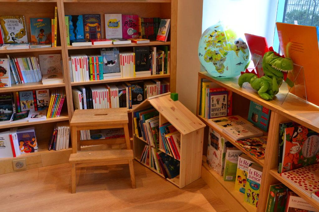 Librairie Comme une Orange 46 Rue Bayen 75017 Paris livres polars ©Petitscommerces.fr petit commerce petits commerces 4