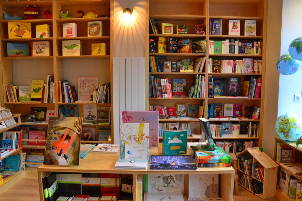 Librairie Comme une Orange 46 Rue Bayen 75017 Paris livres polars ©Petitscommerces.fr petit commerce petits commerces 9