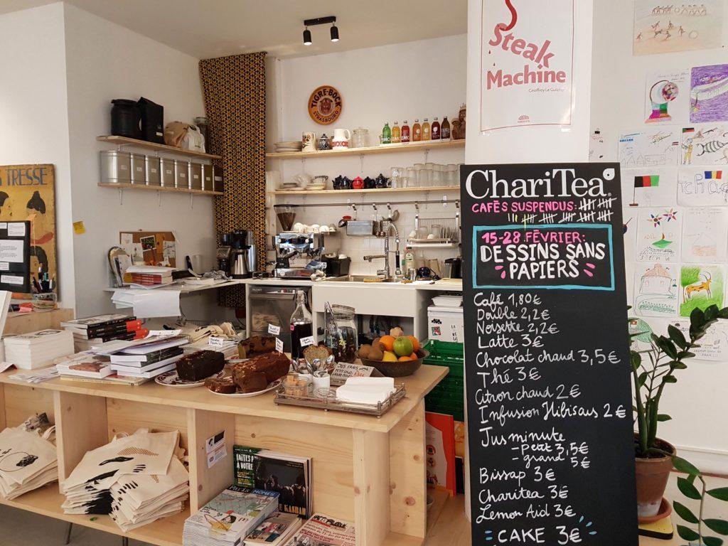 Librairie cafe La Reguliere livres Goutte d'or Chateau Rouge Paris 18 romans beaux livres, bandes dessinées, livres jeunesse Myrha