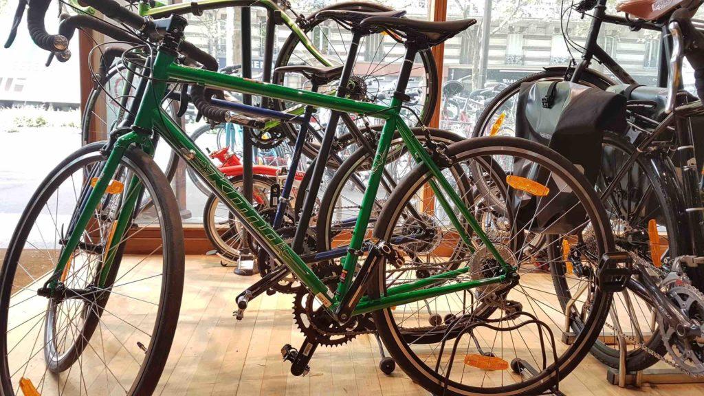 bicloune-boutique-de-velos-daumesnil-paris-12-bicyclettes-cycles-hollandais-cannondale-kona-gazelle-brompton-kona