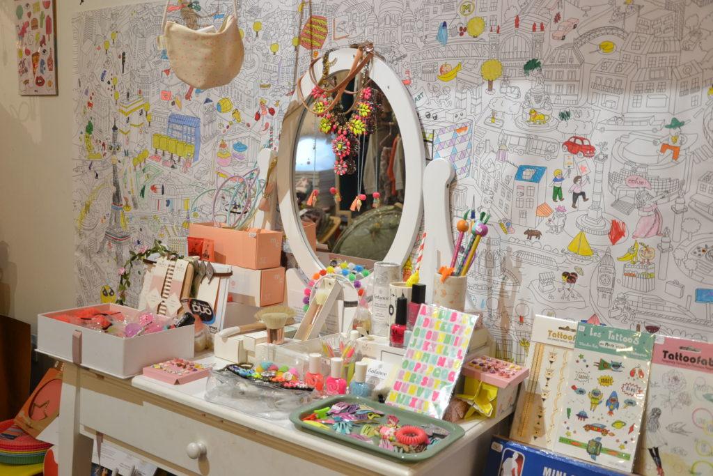 billy-the-kid-concept-store-enfants-20-rue-de-lancry-75010-paris-jeux-jouets-vetements-petitscommerces-fr-petits-commerces-4