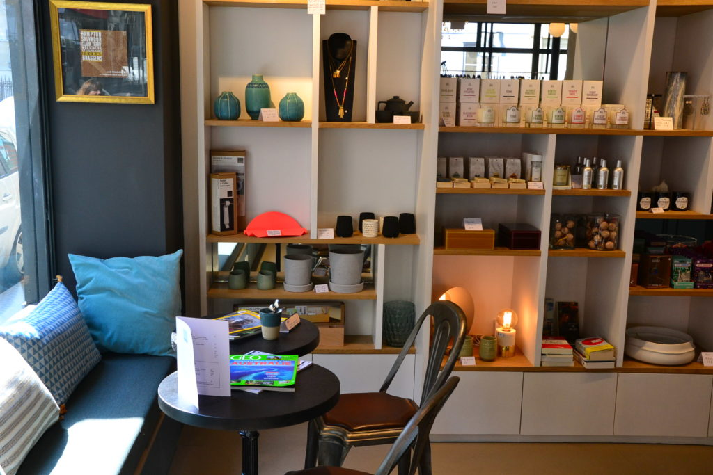 boutique-cafe-les-passantes-35-rue-boursault-75017-paris-vetements-decoration-paris-17-petitscommerces-fr-petit-commerce-petits-commerces-1