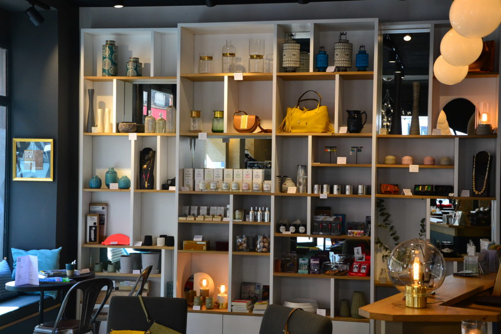 boutique-cafe-les-passantes-35-rue-boursault-75017-paris-vetements-decoration-paris-17-petitscommerces-fr-petit-commerce-petits-commerces-5