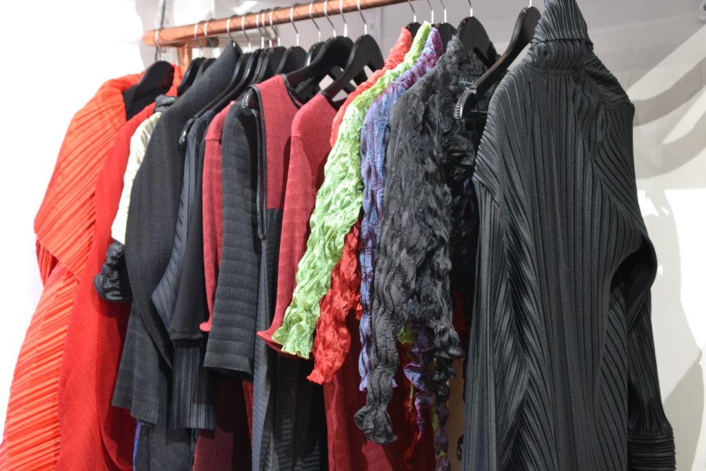 Boutique de créateurs Modafricart by Leonnel Levi 17 rue La Vieuville 75018 Paris plissé made in France ©Petitscommerces.fr petits commerces 8