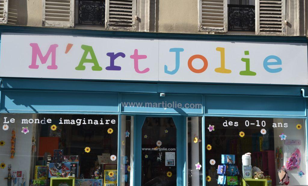 Boutique pour enfants M'Art Jolie jouets rue des batignolles 75017 PARIS 17 ©Petitscommerces www.www.petitscommerces.fr petit commerce petits commerces 1 - Copie