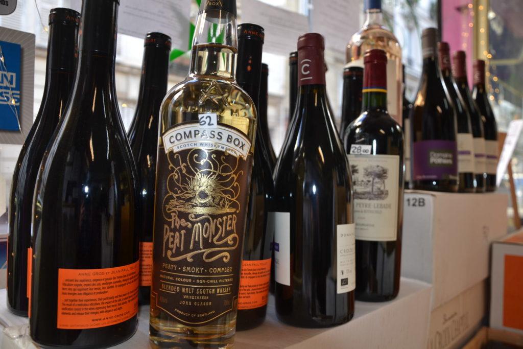 Caves de Passy caviste Paris 16 3 rue Duban cave à vins grands crus conseils Philippe Charmat bouteilles
