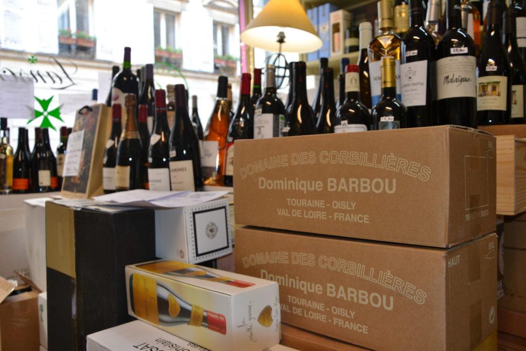 Caves de Passy caviste Paris 16 3 rue Duban cave à vins grands crus conseils Philippe Charmat cartons