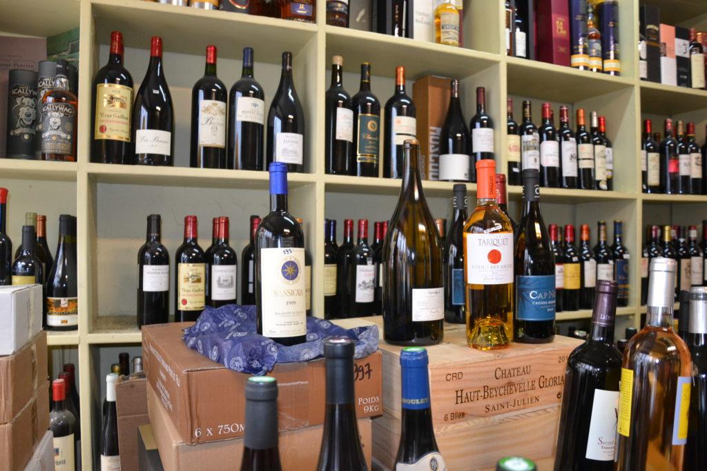 Caves de Passy caviste Paris 16 3 rue Duban cave à vins grands crus conseils Philippe Charmat interieur2