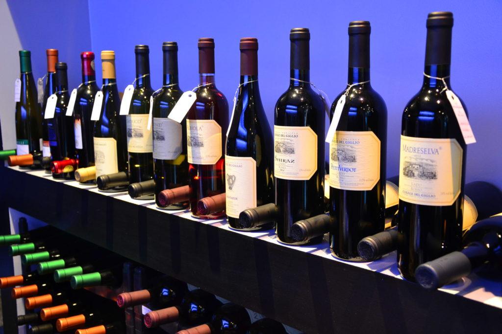 caviste-italien-vinosfera-11-rue-francois-miron-75004-vins-italiens-epicerie-fine-italienne-petitscommerces-fr-petit-commerce-petits-commerces-1