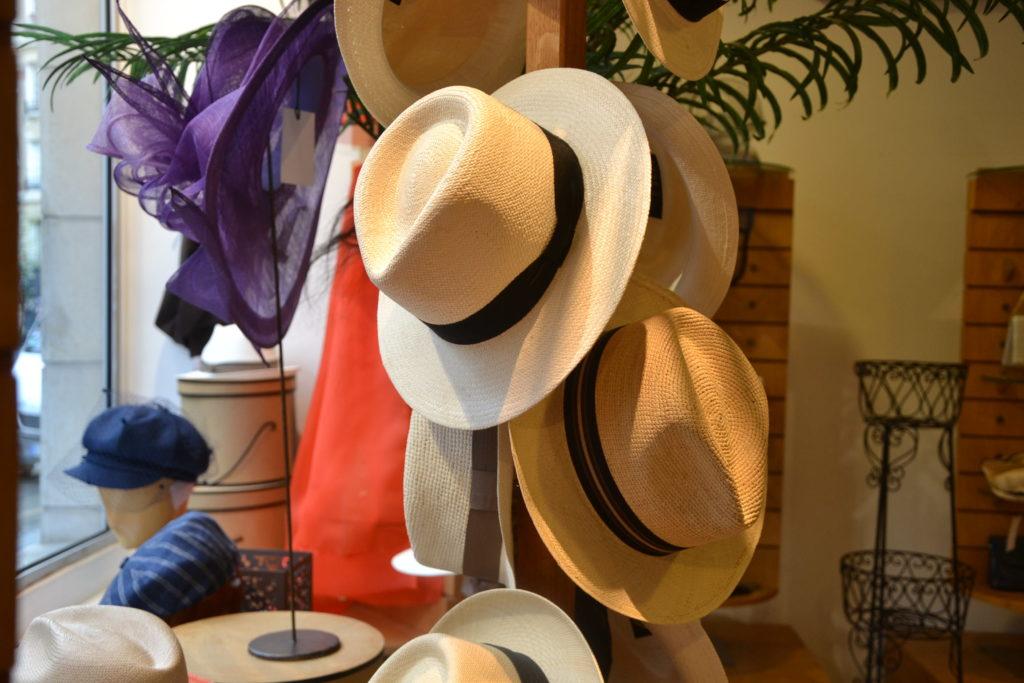 Chapellerie Jardin de la Mode 11 rue Poussin 75016 Paris chapeaux crémonies panamas ©Petitscommerces.fr petits commerces 2