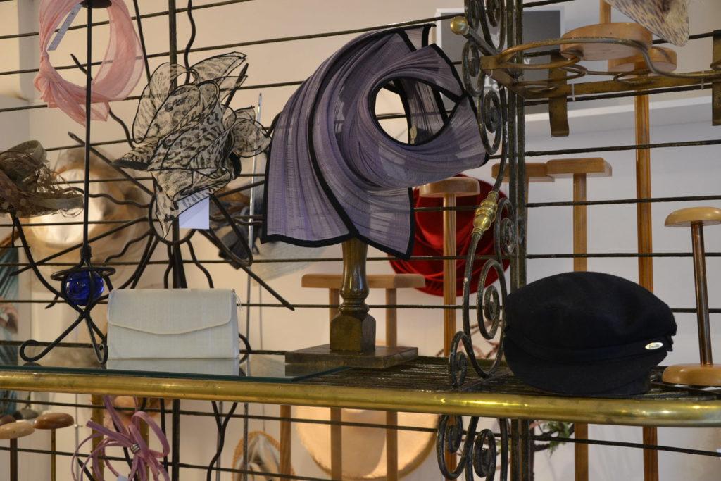 Chapellerie Jardin de la Mode 11 rue Poussin 75016 Paris chapeaux crémonies panamas ©Petitscommerces.fr petits commerces 3