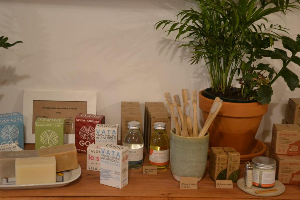 concept-store-zero-dechet-less-is-more-22-rue-des-vinaigriers-75010-paris-bio-vrac-vegan-petitscommerces-fr-petits-commerces-3