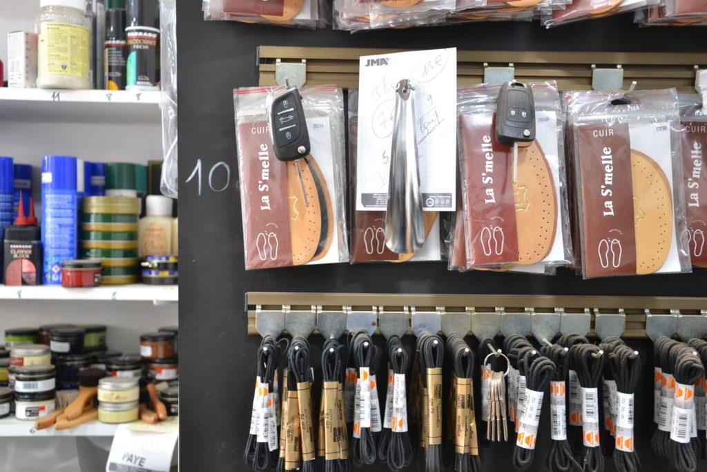 cordonnerie-retro-by-michael-175-rue-saint-denis-75002-paris-cordonnerie-serrurerie-chaussures-cles-petitscommerces-fr-petits-commerces-5