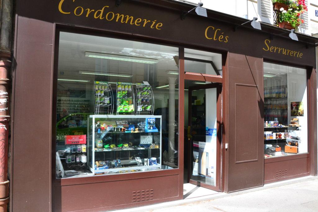cordonnerie-serrurerie-delambre-paris-14-rue-delambre-75014-cordonnerie-serrurerie-cles-petitscommerces-fr-petit-commerce-petits-commerces-1