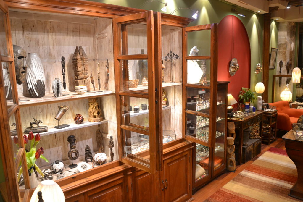 galerie-kara-90-rue-saint-louis-en-lile-75004-paris-galerie-dart-decoration-ile-saint-louis-petitscommerces-fr-petits-commerces-5