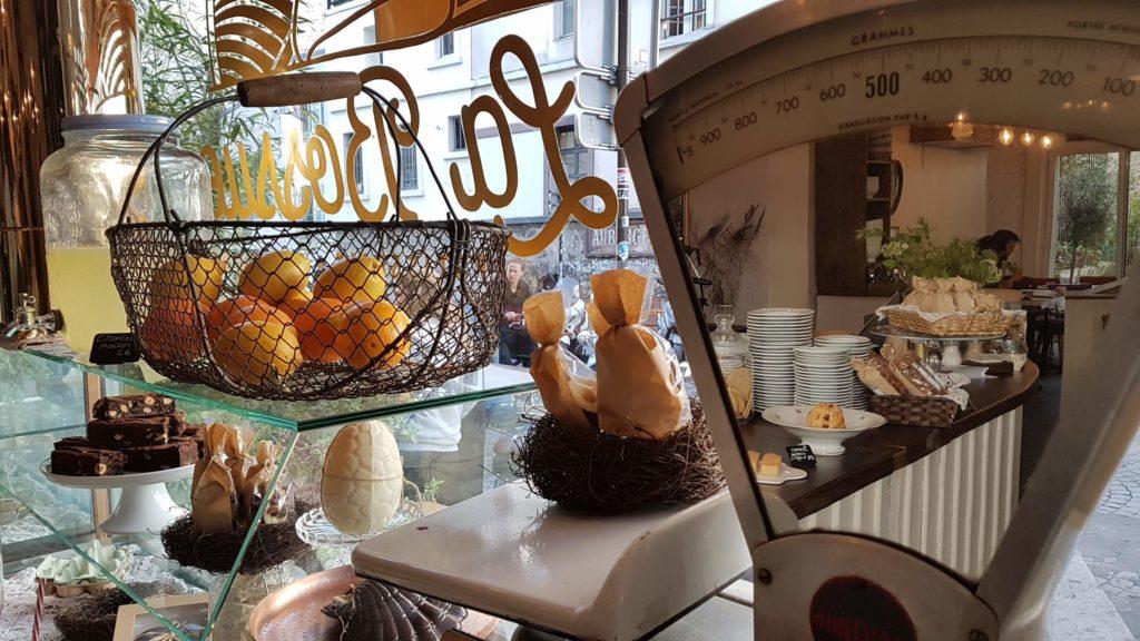 la-bossue-patisserie-salon-de-the-paris-18-joseph-de-maistre-montmartre-viennoiseries-cakes-gateaux-gouter-brunch-scones