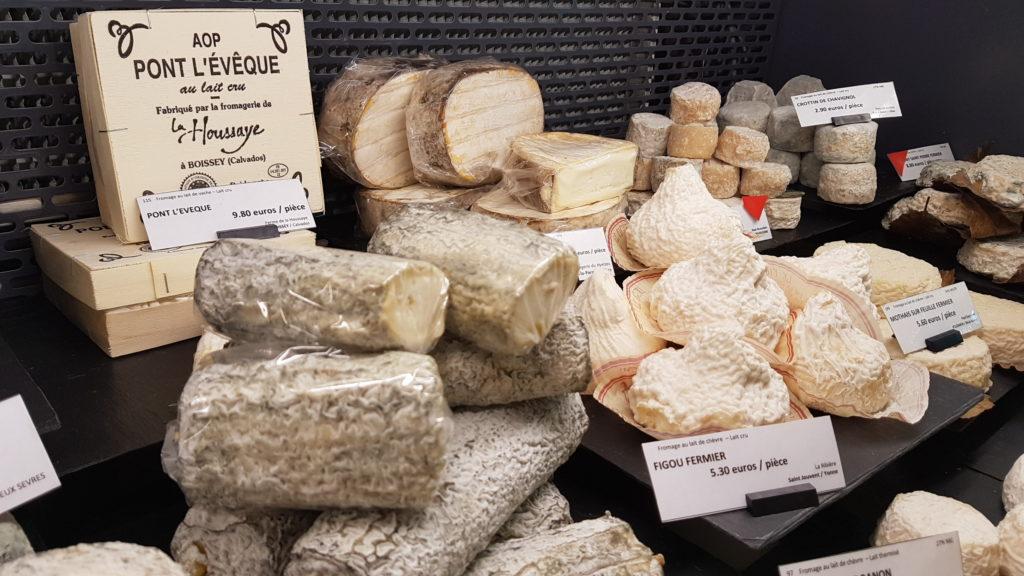 lamie-paulette-fromagerie-paris-13-bobillot-butte-aux-cailles-primeur-cave-epicerie-fabien-mahe-chevres-petitscommerces-pont-leveque2