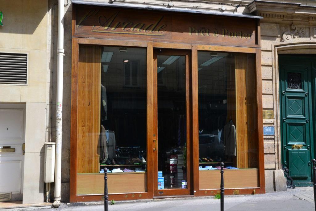 larcade-pret-a-porter-paris-08-8-rue-de-larcade-75008-paris-costumes-chemises-chaussures-petitscommerces-fr-petit-commerce-petits-commerces-2