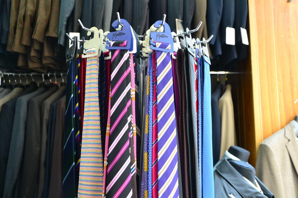 larcade-pret-a-porter-paris-08-8-rue-de-larcade-75008-paris-costumes-chemises-chaussures-petitscommerces-fr-petit-commerce-petits-commerces-3