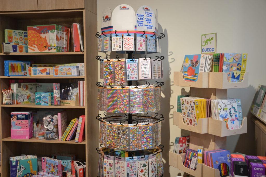 Les Lapins d'Alice boutique de jouets 22 rue Cler 75007 Paris jeux jouets ©Petitscommerces.fr petits commerces 8