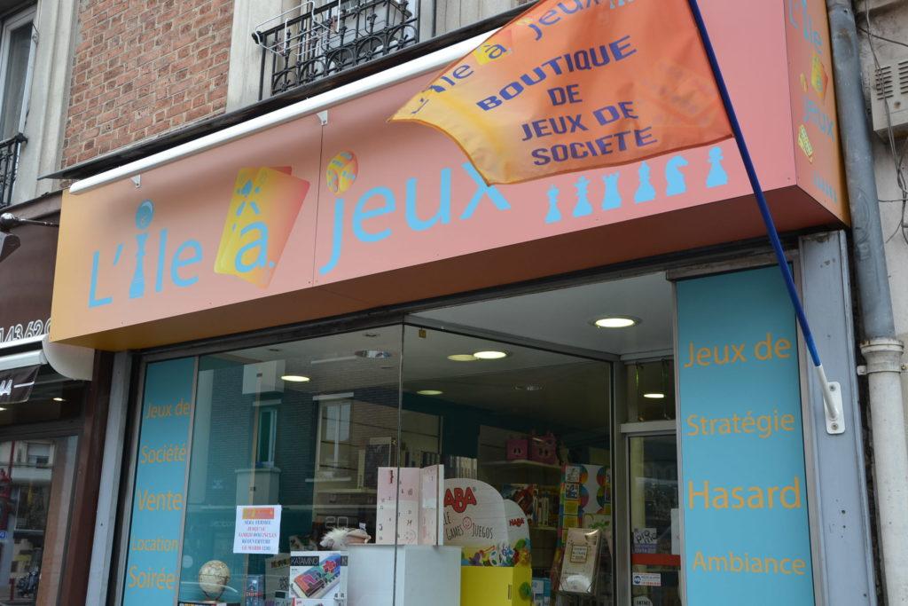 L'Ile à jeux boutique de jeux de société 6 rue du Pré Saint-Gervais 93260 Les Lilas jeux de stratégie jeux d'ambiance ©Petitscommerces.fr petits commerces 2
