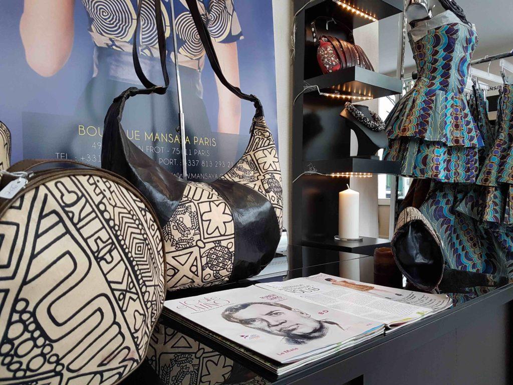 mansaya-boutique-de-createur-wax-vetements-accessoires-rue-leon-frot-paris-11-creations-afrique-mode-robes-jupes-couleurs-imprimes-petit-commerce-petitscommerces-fr-sacs