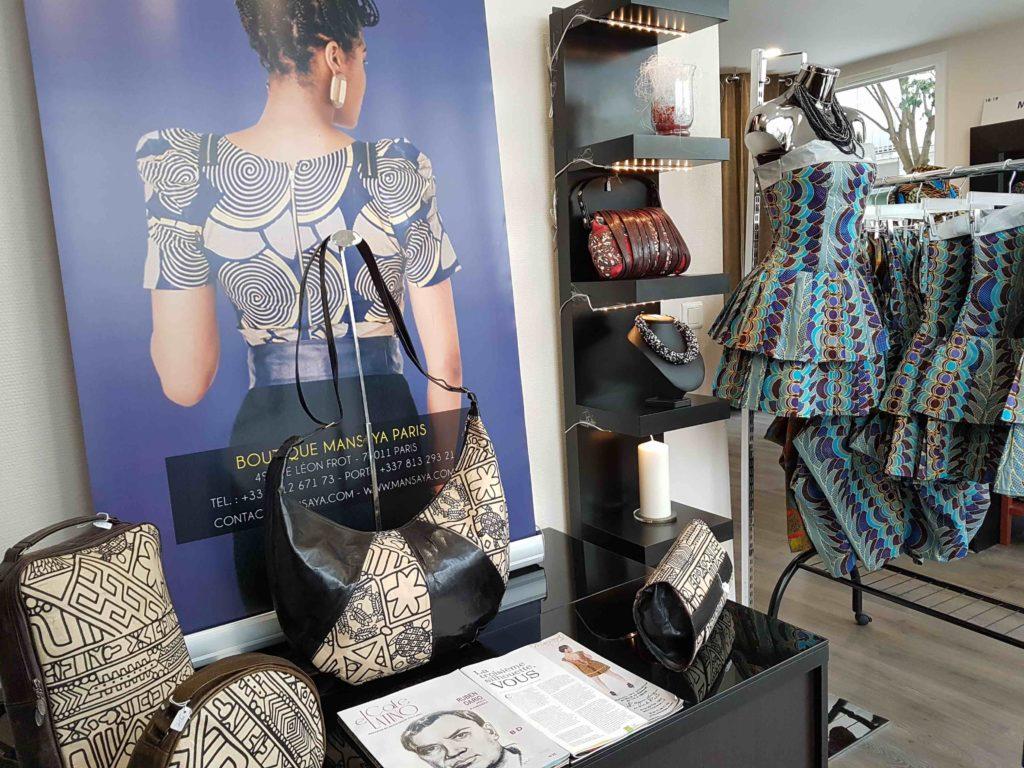 mansaya-boutique-de-createur-wax-vetements-accessoires-rue-leon-frot-paris-11-creations-afrique-mode-robes-jupes-couleurs-imprimes-petit-commerce-petitscommerces-fr-sacs2