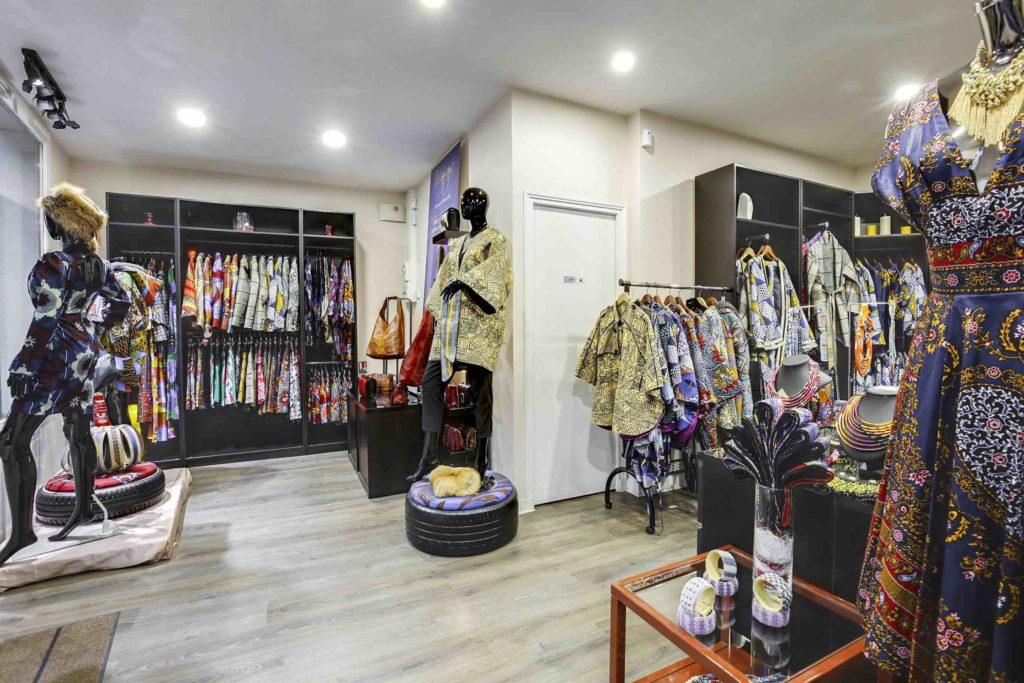 Mansaya Boutique wax Paris vetements accessoires rue Leon Frot Paris 11 créateur wax Afrique mode robes jupes couleurs imprimes Adama