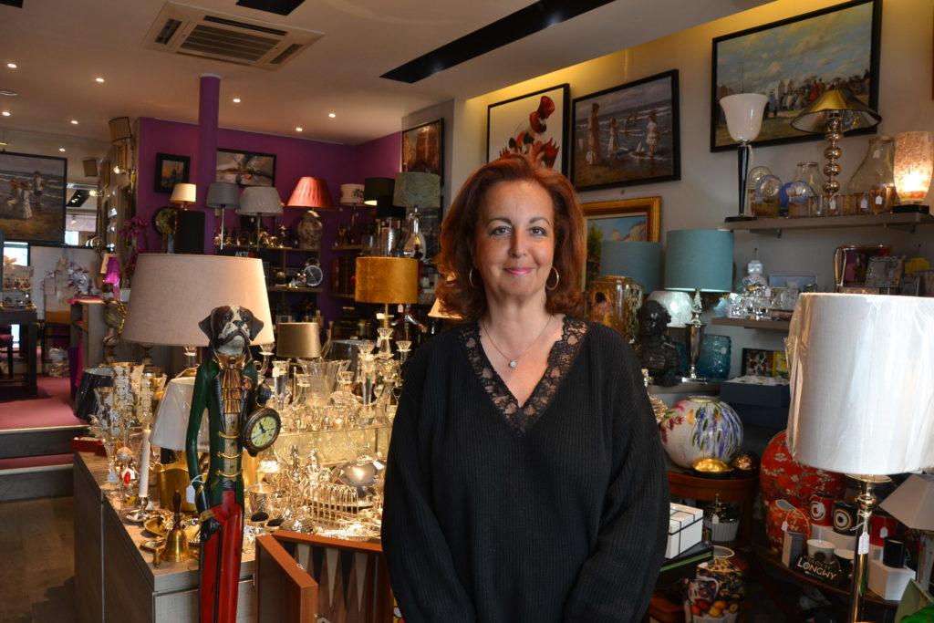 Massenet by Lina boutique de décoration idées cadeaux Paris 16 lampes, cadres, coussins, sac