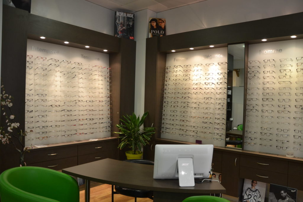 optik-lourmel-106-avenue-felix-faure-75015-paris-opticien-lunetier-independant-haut-de-gamme-aides-visuelles-petitscommerces-fr-petits-commerces-6