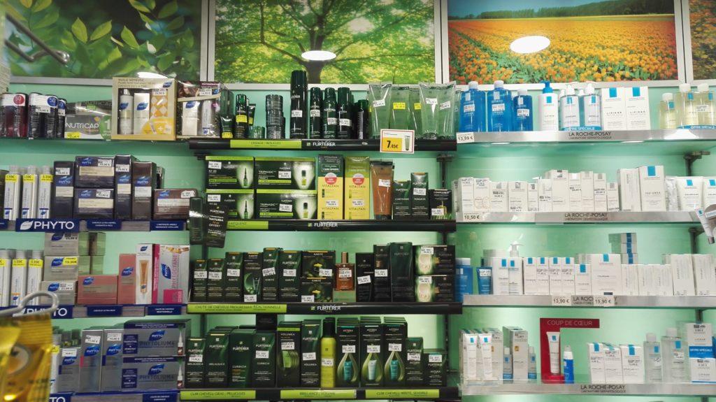 pharmacie-la-butte-montmartre-franck-laura-rue-lepic-abbesses-pharmacien-paris-18-orthopedie-homeopathie-complements-vitamines-cosmetiques-beaute-cheveux.jpeg