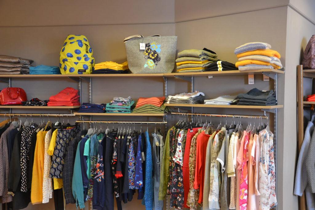 Prêt-à-porter A'loa 8 rue Daniel Lereuil 62140 Hesdin vêtements femmes hommes ©Petitscommerces.fr petits commerces 6