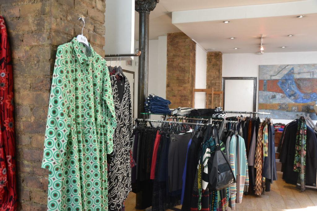 Prêt-à-porter Trombone 64 rue Curial 75019 Paris vêtements femmes ©Petitscommerces.fr petits commerces 6