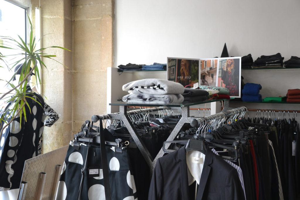 Prêt-à-porter Trombone 64 rue Curial 75019 Paris vêtements femmes ©Petitscommerces.fr petits commerces 2