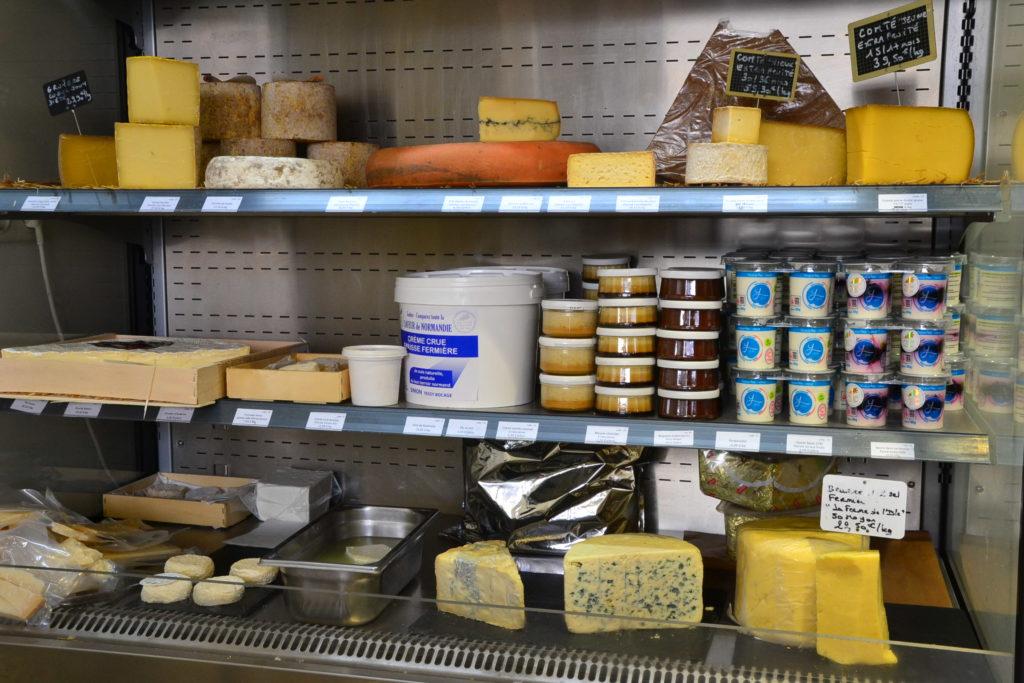 primeur-o-divin-primeur-128-rue-de-belleville-75020-paris-fruits-legumes-de-saison-circuits-courts-fromages-petitscommerces-fr-petit-commerce-petits-commerces-4