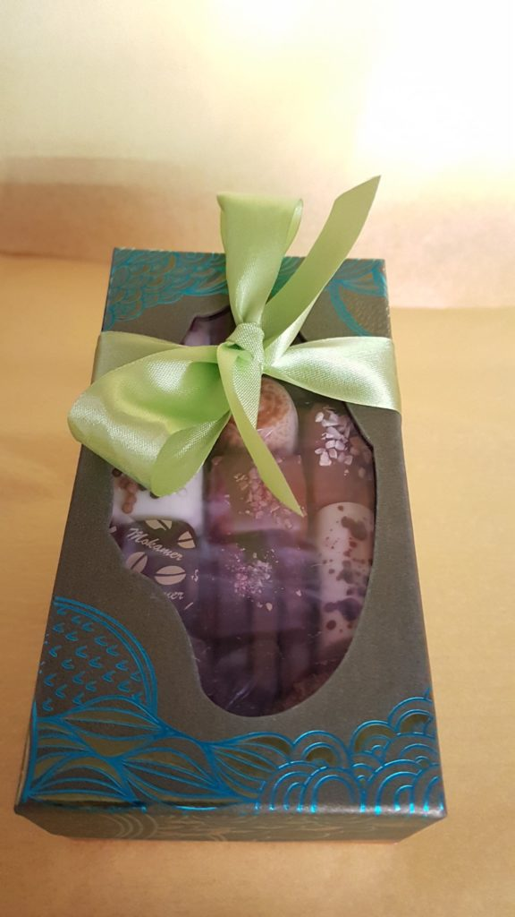 amour-de-chocolat-confiserie-chocolaterie-paris-12-michel-bizot-picpus-bel-air-75012-paques-petit-commerce-chocolats-petitscommerces-fr-boite-verte