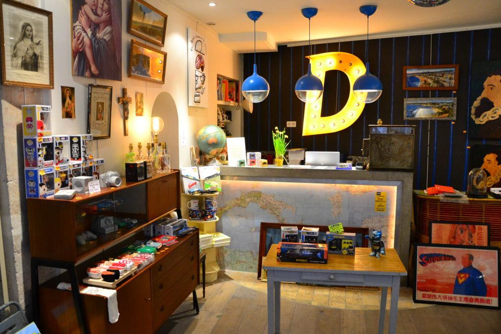 boutique-de-decoration-dis-bonjour-a-la-dame-paris-75009-4-rue-flechier-75009-paris-atelier-jouets-petitscommerces-fr-petit-commerce-petits-commeres-3