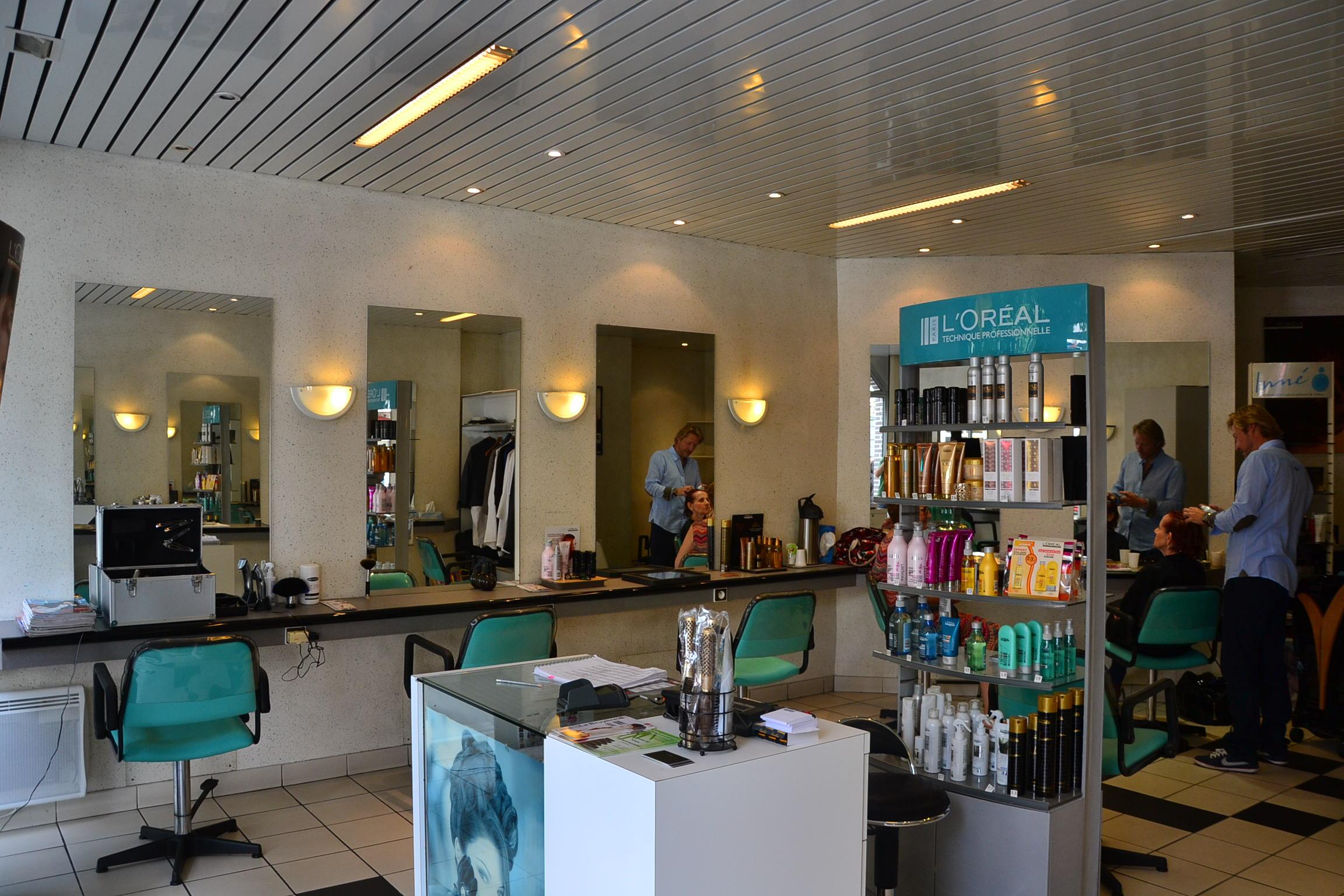 Architecte Interieur Paris 18 salon de coiffure thierry lenoble paris 18 | petitscommerces.fr