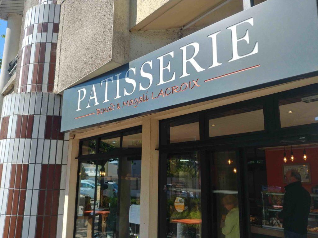 Maison Lacroix Boulangerie Saint-Nazaire Sunderland Plaisance Magali Benoit Lacroix artisan boulanger patissier boulevard laennec devanture patisserie