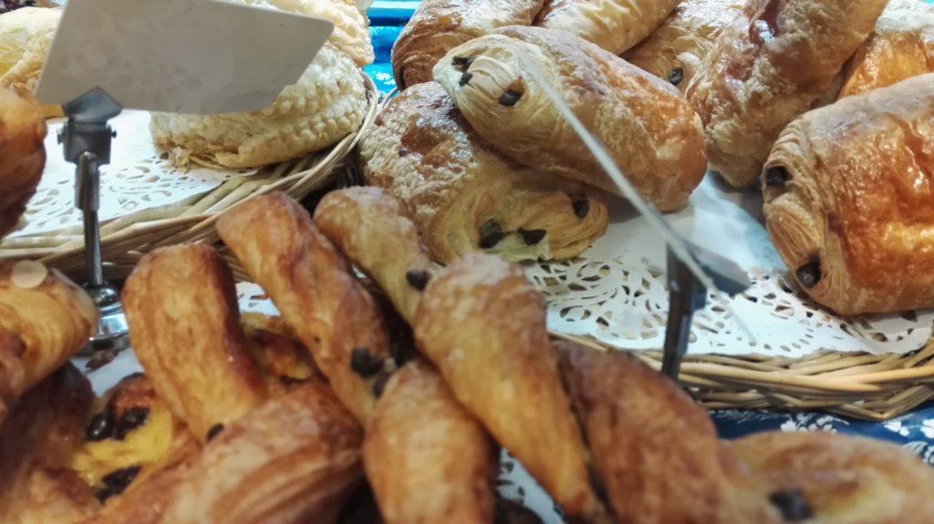 patisserie-tarterie-les-petits-mitrons-tartes-quiches-cookies-viennoiseries-croissants-gateaux-dejeuner-gouter-maison-paris-18-montmartre-petitscommerces-fr.jpeg