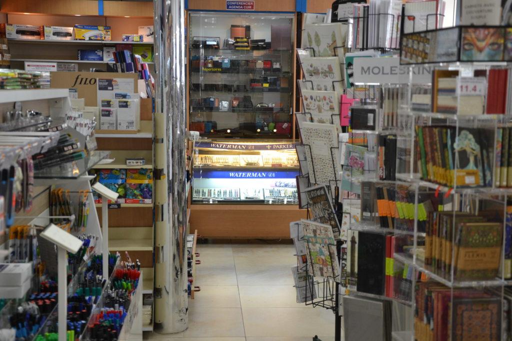 Cebo librairie papeterie 108 avenue de la République 75011 Paris ©Petitscommerces 6