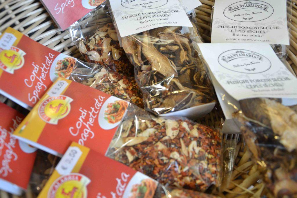A Palizzi épicerie italienne 70 Gabriel Péri Argenteuil charcuterie italienne traiteur champignons