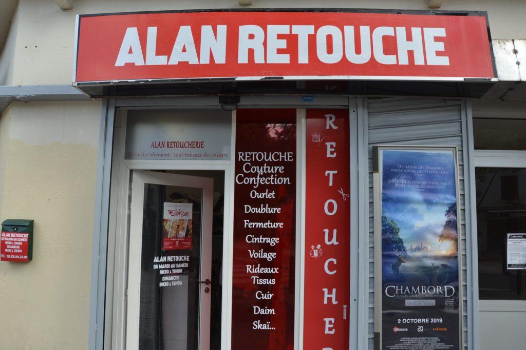 Alan Retouche Argenteuil tailleur couture ourlet doublure cintrage rue Paul Vaillant Couturier Argenteuil devanture