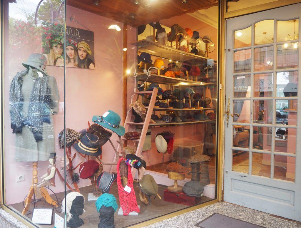 Ania-Paris-chapellerie-boutique-de-chapeaux-13-rue-de-la-Poste-Prolongée-95100-Argenteuil-©Petitscommerces.fr-petits-commerces-2