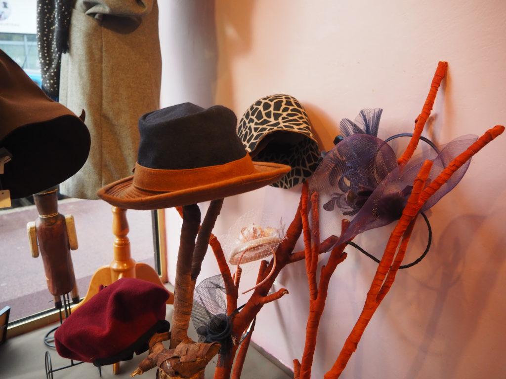 Ania-Paris-chapellerie-boutique-de-chapeaux-13-rue-de-la-Poste-Prolongée-95100-Argenteuil-©Petitscommerces.fr-petits-commerces-4