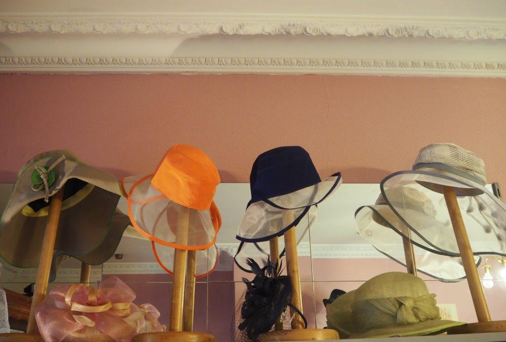 Ania-Paris-chapellerie-boutique-de-chapeaux-13-rue-de-la-Poste-Prolongée-95100-Argenteuil-©Petitscommerces.fr-petits-commerces-6